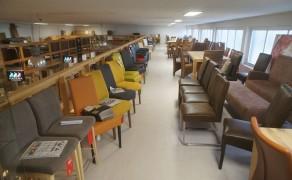 Abverkauf – Diverse Stühle, Einzelstücke und Sets von der Ausstellung